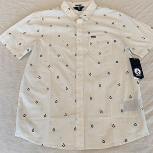 NWT Men's Volcom Button Down Large